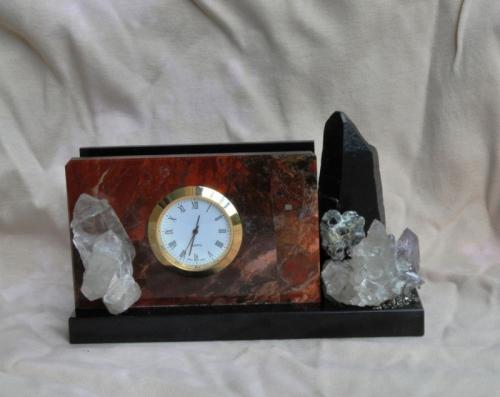 Визитница настольная из натуральных камней с часами 003