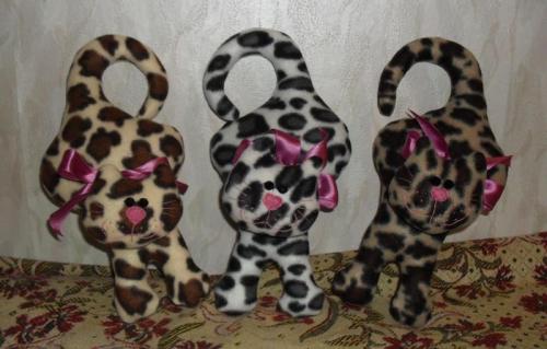 Коты из флиса подвесные