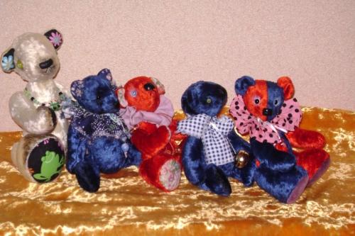 Тедди-Мишки из плюша