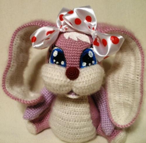 Вязаная розовая зайка - подружка для Кико