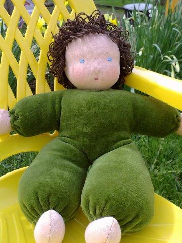 Кукла в пришивном костюмчике