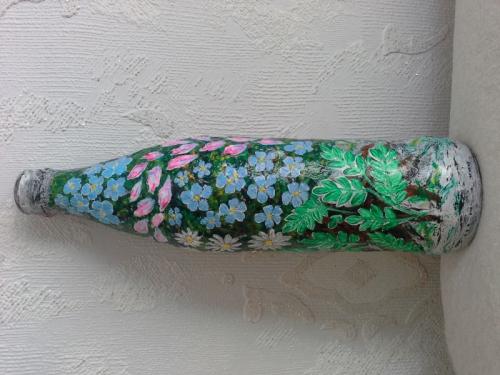 Декоративная бутылка, возможное использование как ваза, или как самостоятельный элемент декора