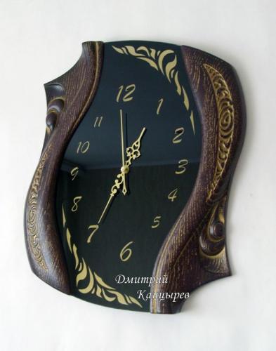 """Настенные часы """"Изгибы времени"""" фигурные черные"""