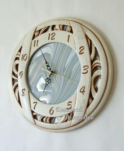 Часы настенные круглые деревянные белые с витражным стеклом, зеркальные