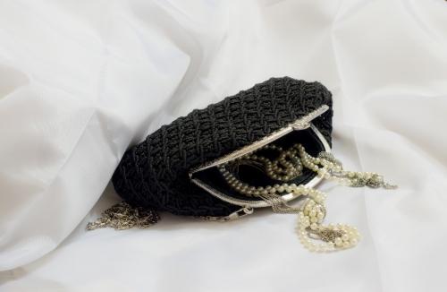 """Плетеная женская сумка """"Биение сердец"""", черная"""