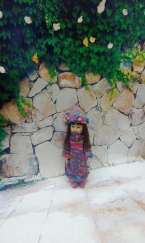 """Вязанное платье, шарф, шапка, носки для куклы Паола Рейна """"Шишечный лес"""""""